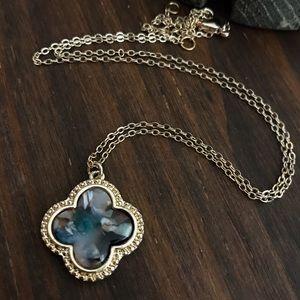 Jewelry - Quatrefoil Moroccan Pendant Necklace